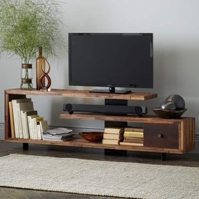 What An Amazing Very Cly Wooden Tv Console With Unusual Shape And A Plenty Of Rustic Fresh Decorations Truly Makes This One Stand Out Perfect