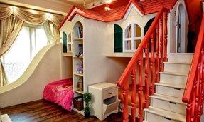 Playhouse with slide for toddlers