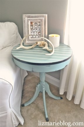 Round wood end table 8