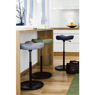 Ergonomic bar stools 15