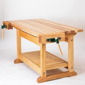 Wood traditional work bench