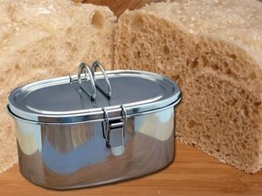 Bread maker with stainless steel pan
