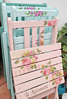 Vintage shabby chic chairs