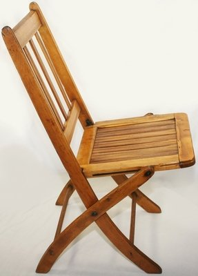 Wood folding chairs 1