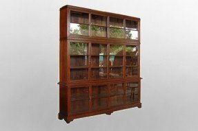 Colonial bookcases 7