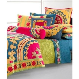 Bright bedding collections