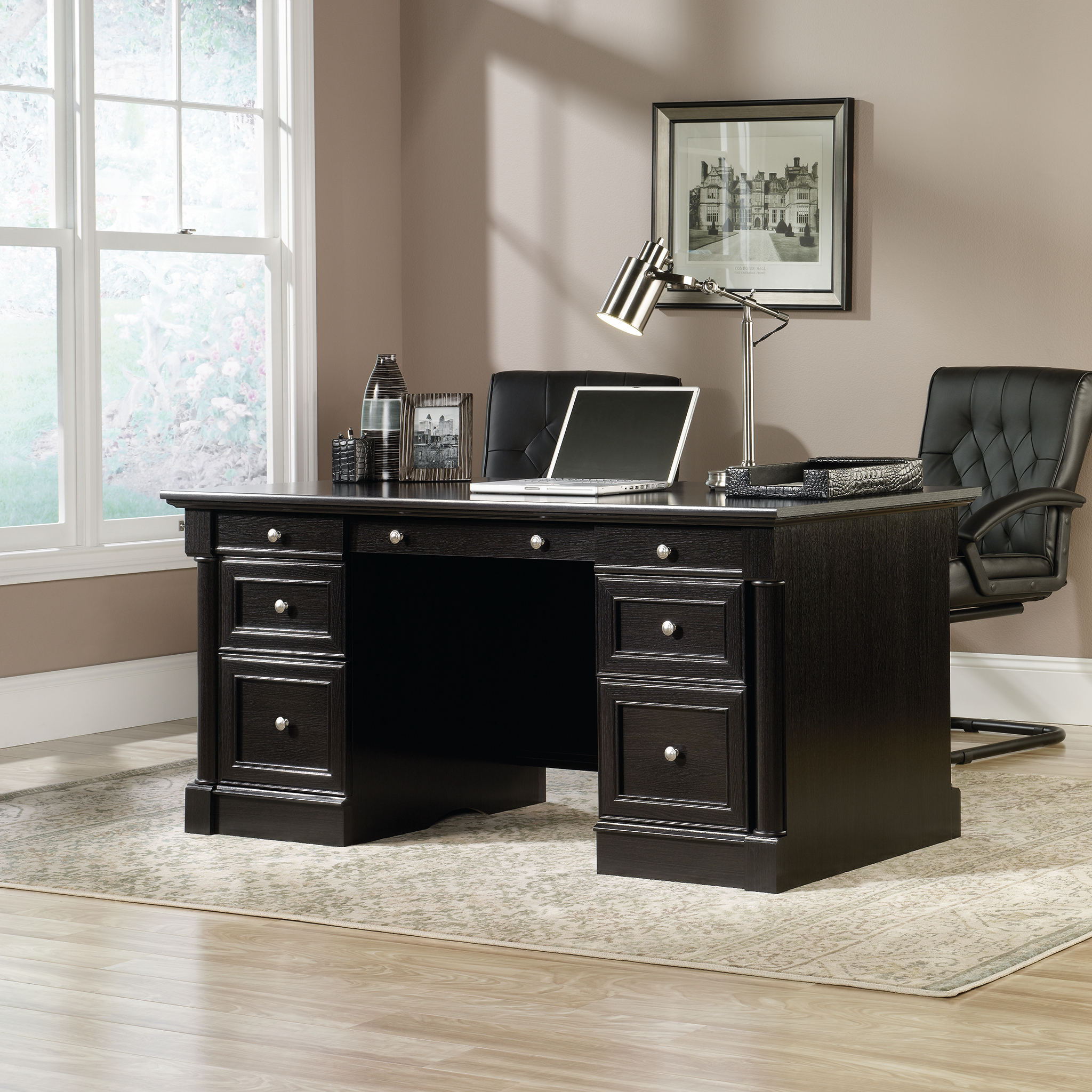 Avenue Eight Executive Desk