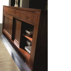 Sliding Door Sideboard 1