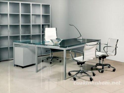 Modern Office Interior Decoration Using L Shaped Office Desk Ideas
