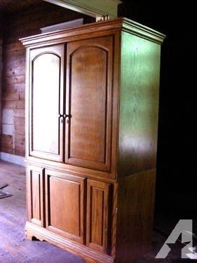 Entertainment Armoire With Doors 2