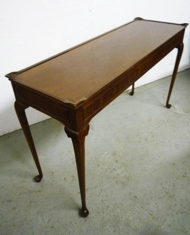 Mahogany Console Table Vintage Queen Anne Style By Wellington Hall