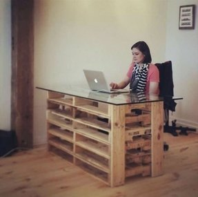 Office pallet desk with glass top