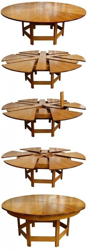 Round folding tables 1