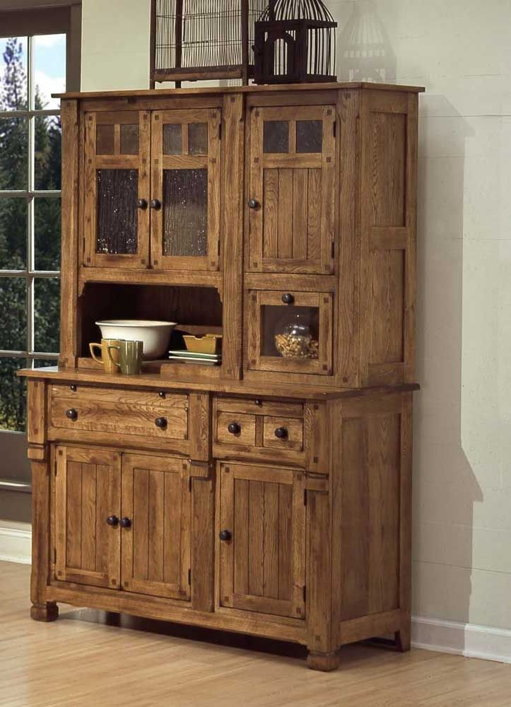 Rustic Sideboards And Buffets Sedona Rustic Oak Hutch And Buffet