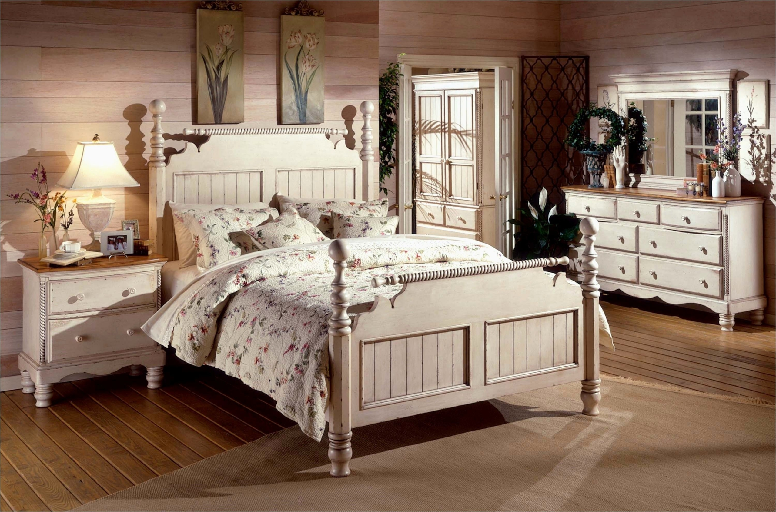 Old Fashioned Bedroom Furniture 3