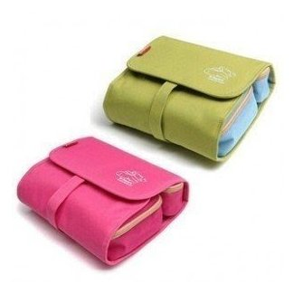 Large toiletry bag with compartments 4