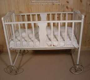 Baby cribs with wheels