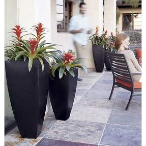 Tall flower pots 1
