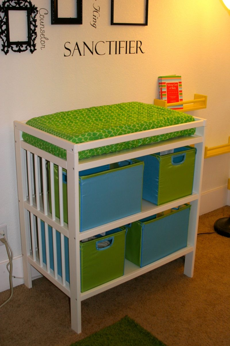 Collapsible Changing Table 2