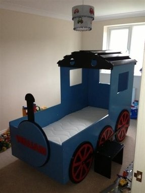 Kids train bed 1