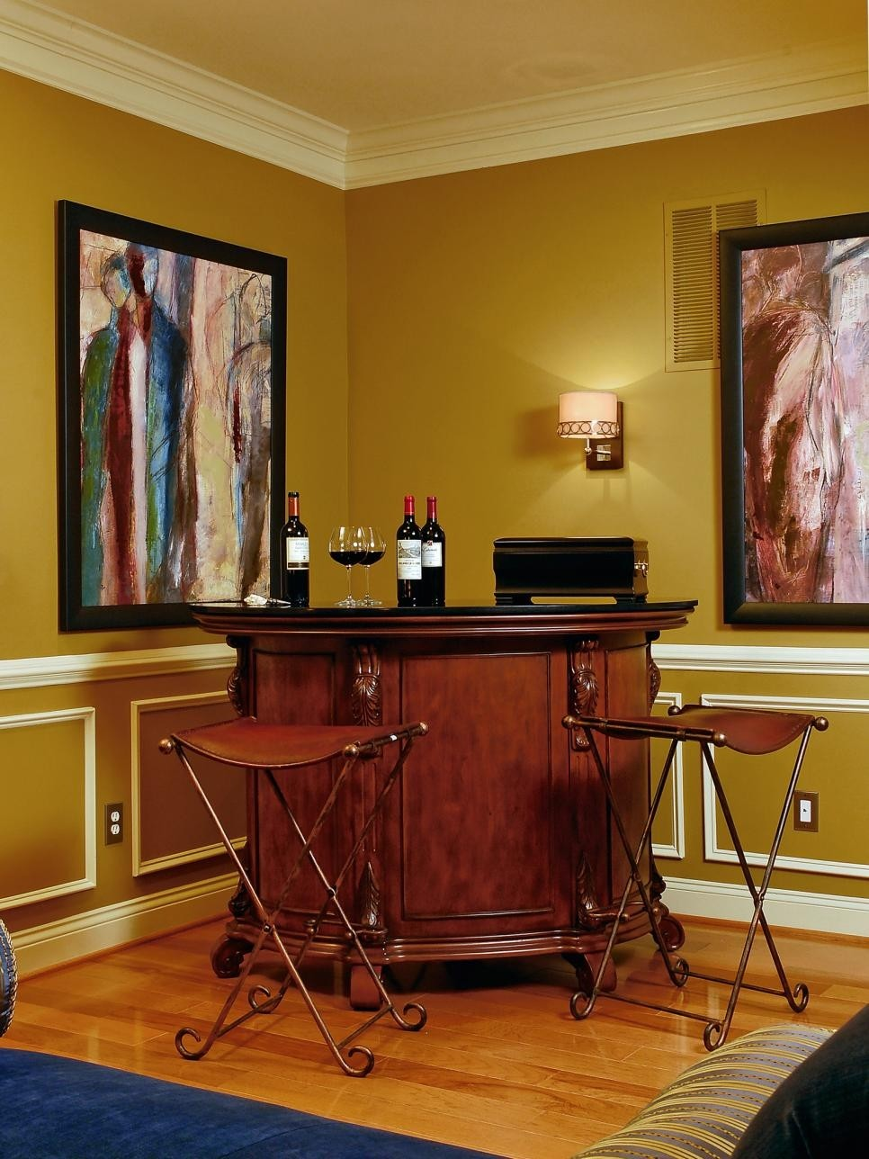 25 Truly Amazing Home Bar Designs