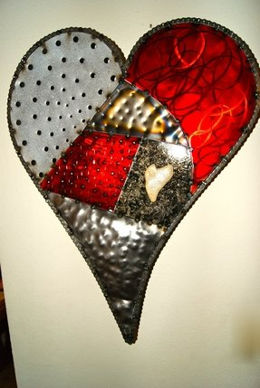 Metal heart wall art 2