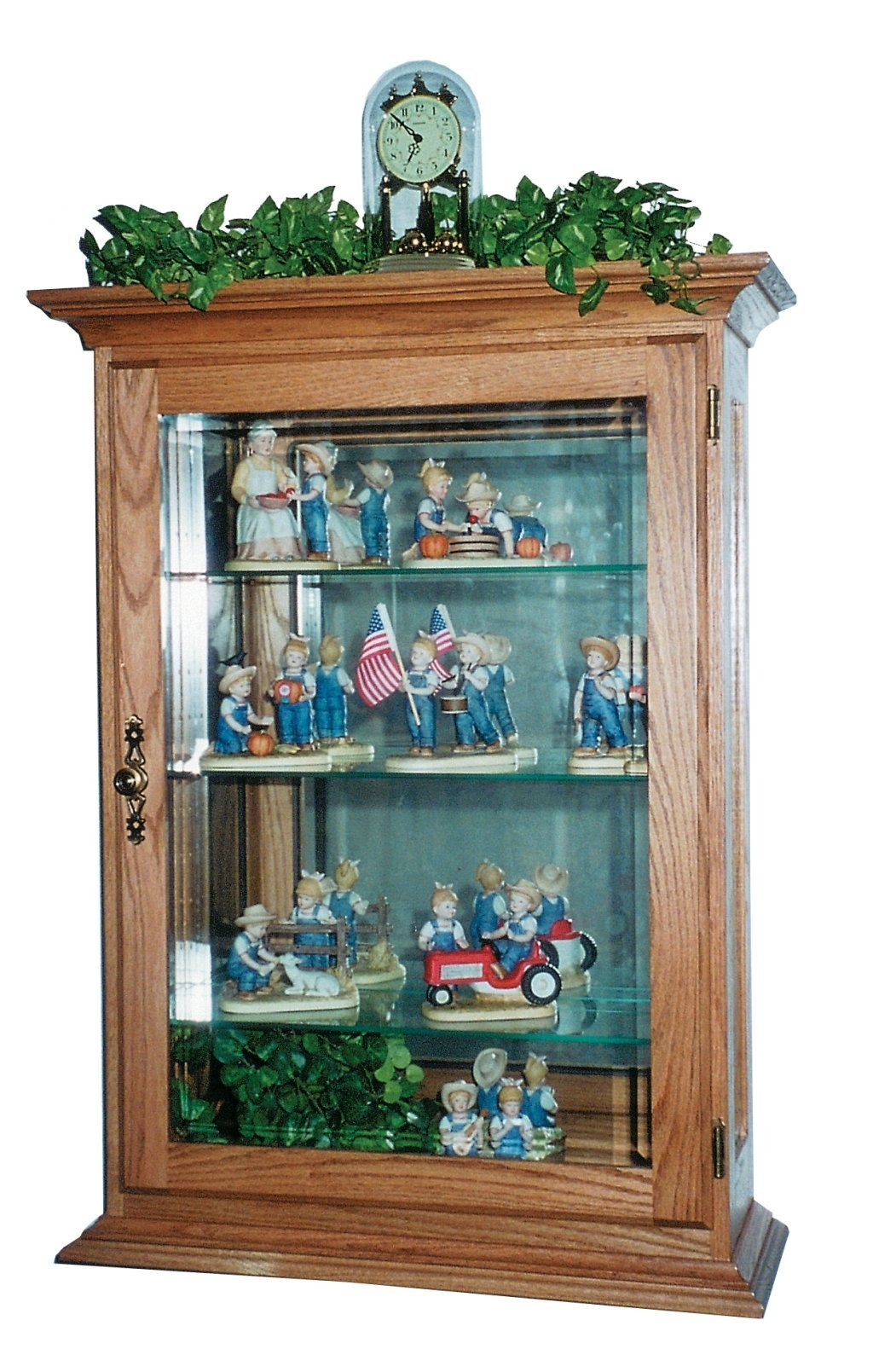 Exceptionnel Hanging Wall Curio Cabinet 1