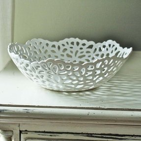 Porcelain lace fruit bowl