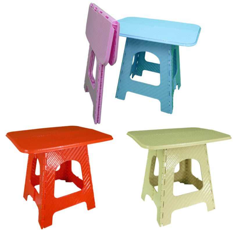 Plastic portable tables 1