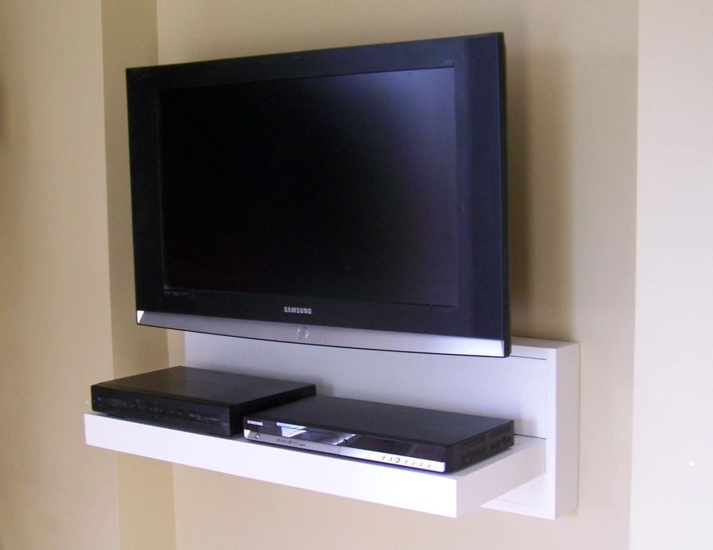 Entertainment shelf wall mount