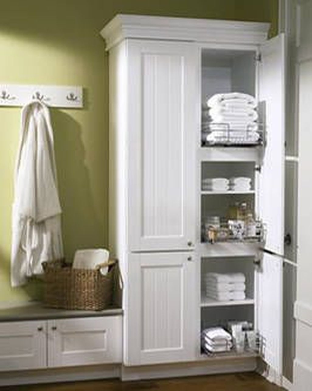 Superbe Linen Closet Organizing The Bathroom Vanity Medicine Cabinet Video