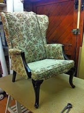 Upright armchairs 1