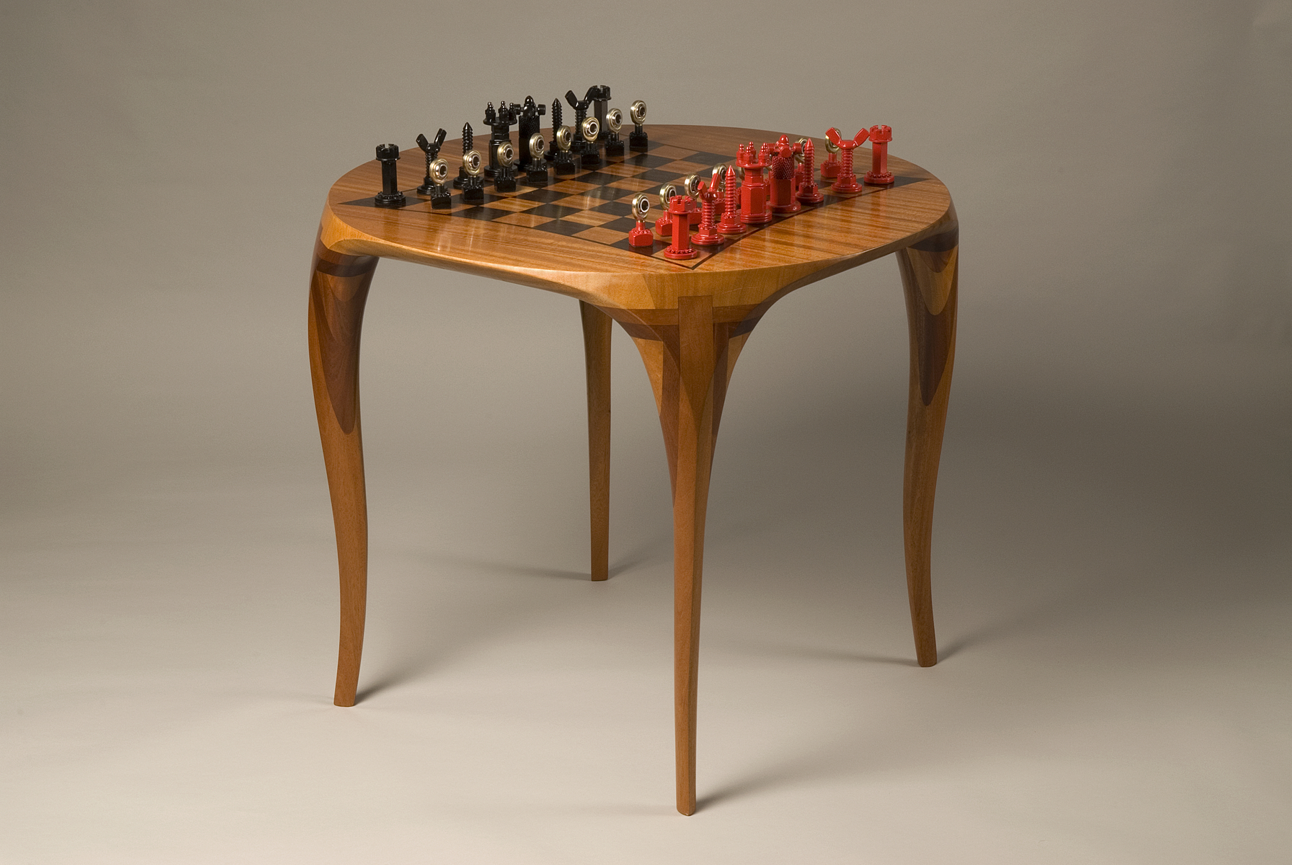 Exceptional Round Chess Table 1