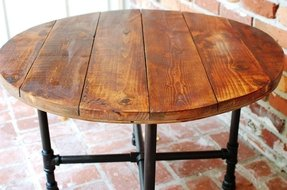 Round industrial coffee table 2