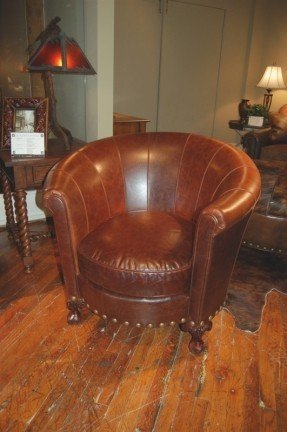 Barrel Back Chair High Quality Upholstered Furniture Leather Chair