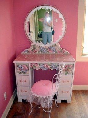 Little Girl Vanity Table Ideas On Foter