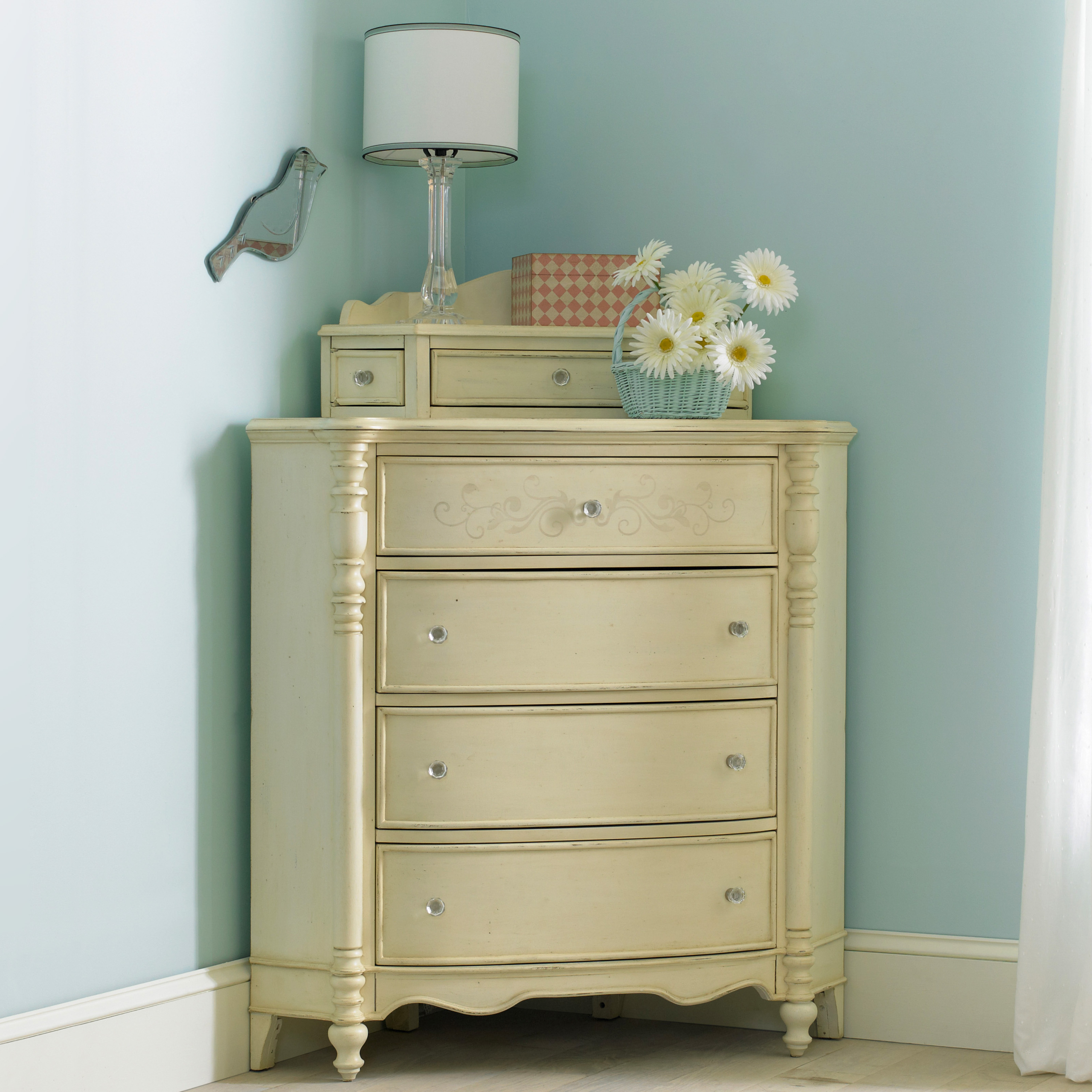 Attirant Ava Corner Chest Traditional Dressers Chests And Bedroom Armoires