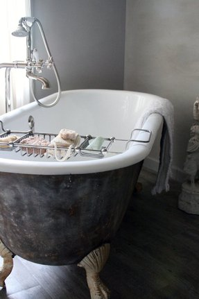 Clawfoot Bathtub Caddy - Foter