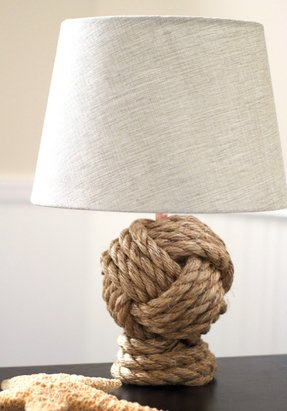 Rope base lamp