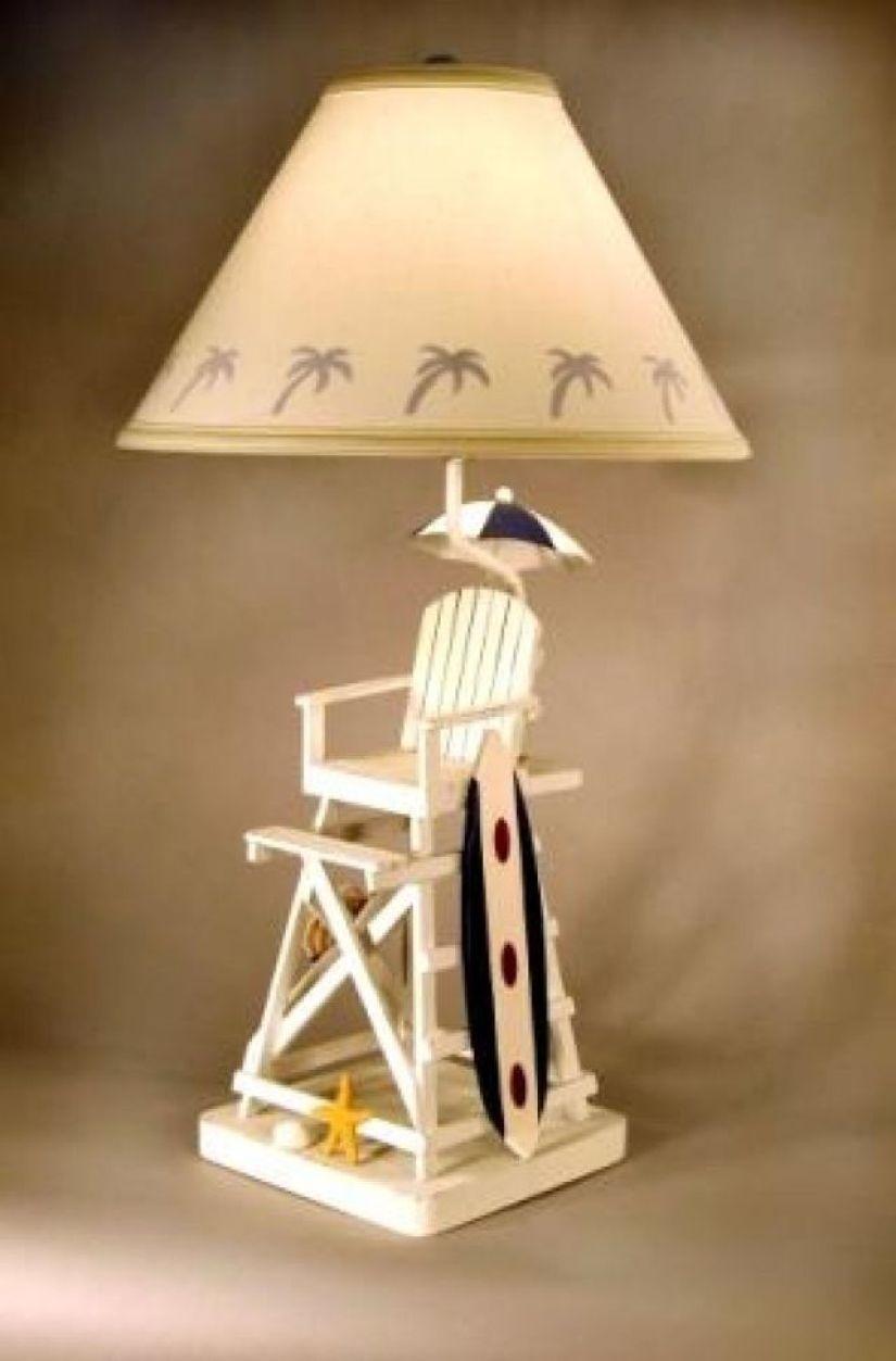 Lifeguard Chair Lamp 3