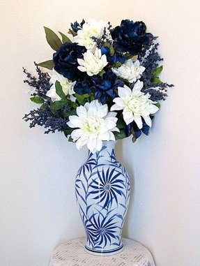 c5a70eab75 How to make large flower arrangements