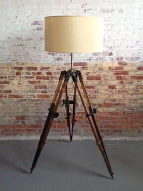 Substantial 1890s surveyors tripod lamp