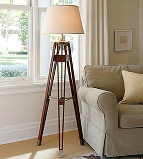 Surveyors Tripod Lamp Foter