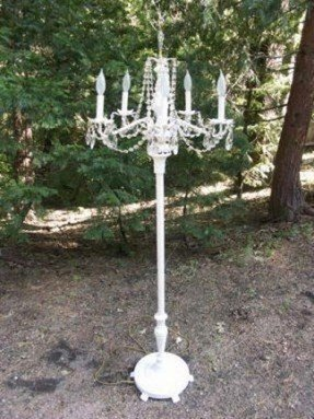 White shabby chic table lamp