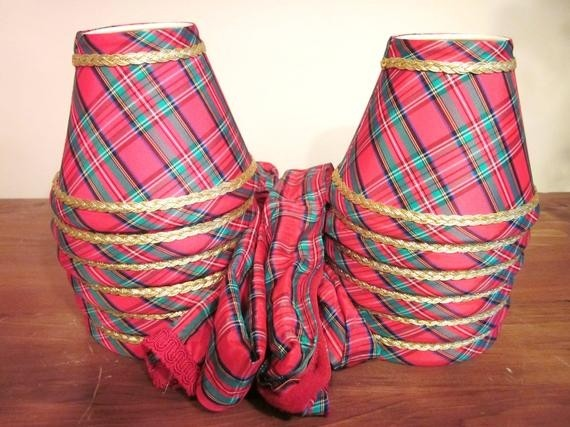 Christmas plaid lamp shades and chain