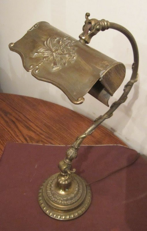 Antique Orante Victorian Solid Brass Adjustable Electric Table Desk Lamp Light