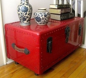 Coffee table trunks chests 1