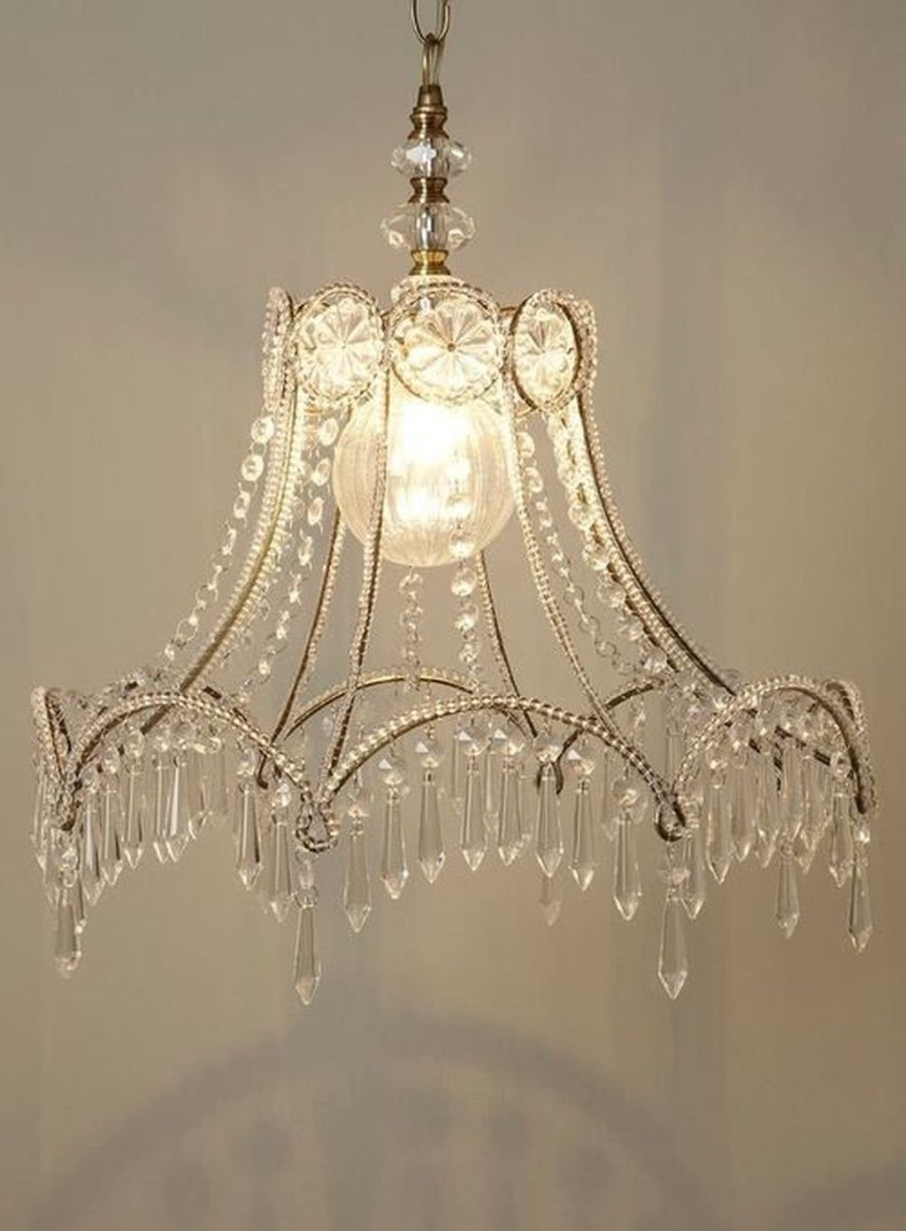 Attractive Beaded Chandelier Lamp Shades 2