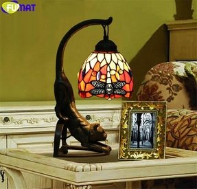 Makenier Vintage Tiffany Style Stained Glass Red Dragonfly Table Lamp with Cat Base, 6 Inches Lampshade
