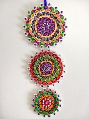 Purple themed floral paper quilled wall